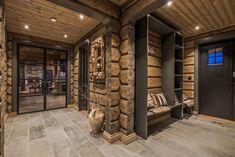 Our double french doors at Røroshytta at Oppdal. Modern Cabin Interior, Chalet Interior, Cabin Homes, Log Homes, Chalet Design, House Design, Ski Lodge Decor, Sauna Design, Cabin Interiors
