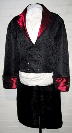 Gothic Men, Bell Sleeves, Bell Sleeve Top, Menswear, Clothing, How To Wear, Tops, Women, Fashion