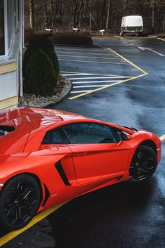 Lamborghini Also see #sports #car screen savers www.fabuloussavers.com/screensavers.shtml