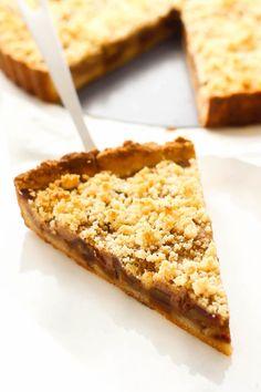 Almond & Medjool Date Tart {vegan, gluten-free, oil-free, grain-free, paleo}