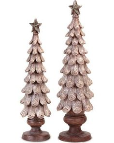 Rustic Lodge Cream Pinecone Christmas Tree Table Top Decorations at cabin Rustic Christmas Crafts, Log Cabin Christmas, Christmas Tree On Table, Cone Christmas Trees, Christmas Holidays, Xmas, Pine Cone Art, Pine Cone Crafts, Pine Cones