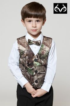 Realtree Camo Vest and Bow Tie for Boys