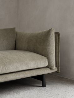 Kite Sofa is a minimal sofa created by Stockholm-based designer Jonas Wagell for Wendelbo. Wendelbo is a family-run business which spans three generations and has its own factory specialized in upholstered furniture. Starting from 2020 the company is merging its two existing brands Wendelbo Furniture and Won into one cohesive identity and collection. Upholstered Furniture, Furniture Decor, Furniture Design, Sofa Upholstery, Types Of Furniture, Contemporary Furniture, Traditional Furniture, Modern Interior, Interior Designing