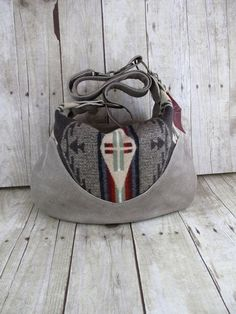 NEW Oregon Wool and Tan Leather Hobo Purse Indian  Pendleton Blanket Cross Body Bag.. winter
