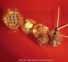 Es Navidad! Y podemos ser malos, malotes… Estas piruletas de nuestra amiga ツ  Candy's Respostería Artesanal van hacer que peques ☛http://bit.ly/JUutLO