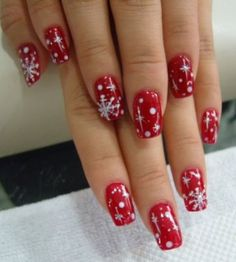 NAIL Art in Christmas Style