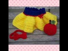Old story snow white baby girl crochet set