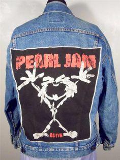 """BAREFOOT VINTAGE ORIGINAL PEARL JAM  """"ALIVE 1991""""  JEAN JACKET LEVI MED USA $95.00"""