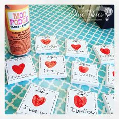 Adorable Mother�s Day Thumbprint Magnet. Keepsake kid-made gift idea for Mother's Day!