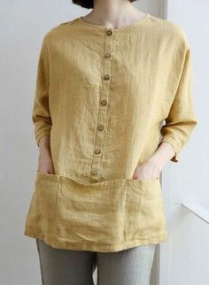 Discover thousands of images about Linen tunic dress Kurta Designs, Blouse Designs, Clothing Patterns, Dress Patterns, Linen Blouse, Linen Shirts, Linen Tunic, Boho Fashion, Fashion Design