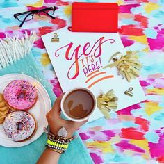 Celebrating that @dunkindonuts now serves almond milk nationwide!  It's finally here 💕- and my coffee ☕️ and I are happy campers... I mean, we like it a latte... I mean, it's nuts!  #sponsored
