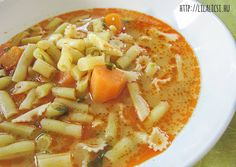 Hawaiian Pizza, Cheeseburger Chowder, Thai Red Curry, Cantaloupe, Fruit, Ethnic Recipes, Food, Essen, Meals