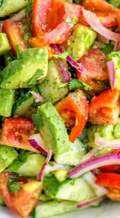 Low Unwanted Fat Cooking For Weightloss Cucumber Tomato Avocado Salad - Healthy, Vegetarian, Gluten Free, Vegan, Paleo Salad Recipe Avocado Tomato Salad, Avocado Salat, Avocado Salad Recipes, Avocado Cucumber Tomato Salad, Fruit Salad, Simple Avocado Recipes, Chicken Avacado Salad, Zuchinni Salad, Guacamole Salad
