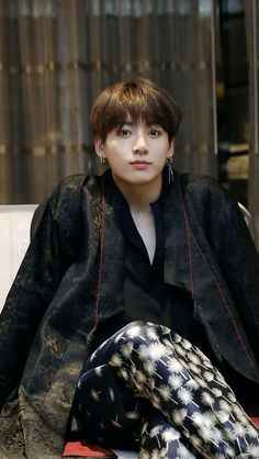 💗My love💗 When I see him my heart feels so warm and it seems like I don't have any problems. Jeon Jungkook, be happy please💖 Foto Jungkook, Foto Bts, Jungkook Cute, Kookie Bts, Jungkook Oppa, Yoongi, Bts Bangtan Boy, Jeon Jungkook Photoshoot, Jungkook 2016