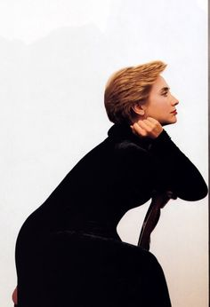 Hillary Clinton photographed by Annie Leibovitz, Vogue December 1998.