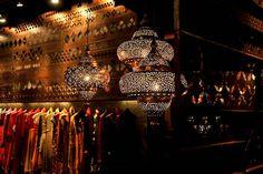 tashya-bridal-wear-store-chandigarh-india-charged-voids_05.jpg (468×312)