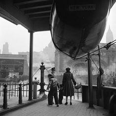 Vivian Maier New York, NY, 1955.