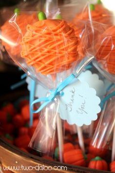 Make a cute basket of pumpkin pops for your Halloween party or Thanksgiving…
