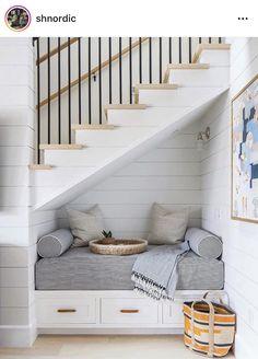 Dream Home Design, Home Interior Design, House Design, Interior Ideas, Interior Paint, Staircase Interior Design, White House Interior, Modern Interior, Beach House Decor
