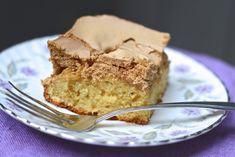 Cake with Brown Sugar - Brown sugar cake Canadian Cuisine, Canadian Food, Canadian Recipes, Brown Sugar Cakes, Soul Cake, Glaze For Cake, Desert Recipes, Coffee Cake, Let Them Eat Cake