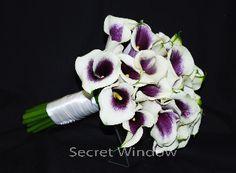 Simply elegant.  Picasso Calla Lily bouquet
