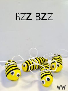 Want to make a Bumble Bee Lovie Easy Craft?
