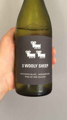 9/10 (10 EUR) NEW ZELAND Sauvignon Blanc Marlborough Wine, Sauvignon Blanc, Drinks, Bottle, White Wines, Wine, Drinking, Beverages, Flask