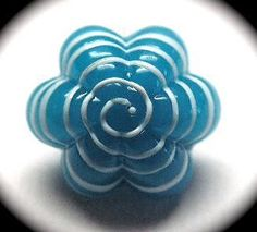 ANTIQUE BUTTON ~ FABULOUS SKY BLUE GLASS CHARMSTRING SWIRLBACK SPIRAL OVERLAY