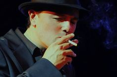 seth macfarlane get's me mad when I see him smoking... It makes me wanna cry because if he keeps smoking his lungs are gonna hurt and he's gonna die and i'll cry.