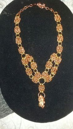 Chain maille necklace by Etsy seller manipulationinwire.