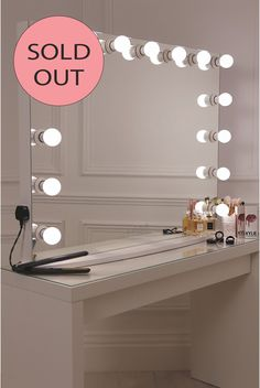 15 frosted bulb Hollywood Mirror with crisp white finish