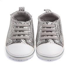38a97e400ec Nyfødte Baby Crib Sko Piger Sneakers Spædbarn Lace Up Tenis Soft Sole  Loafers Småbørn Boys Tøfler