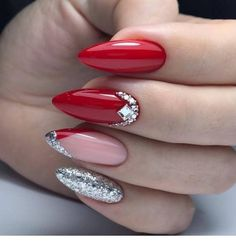 Naturally Informations About Nail Art Ideen Fotos, NailArt Nail Design Ideen Fotos, Videos, Unterricht, Maniküre! – Rezepte Pin You … Red Acrylic Nails, Red Nail Art, Red Nail Designs, Acrylic Nail Designs, Oval Nails, Toe Nails, Stiletto Nails, Shellac Nails, Red Manicure