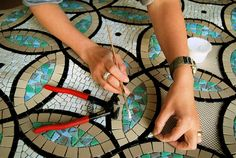 Mosaic courses ~  with Liz de Ath ~  Hove, UK
