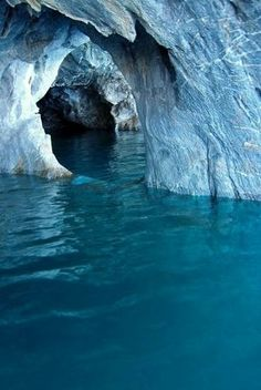 世界で最も美しい洞窟と呼ばれる「マーブルカテドラル」画像集! - NAVER まとめ