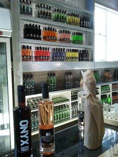 The Hunter Distillery Healthy Juice Drinks, Healthy Juices, Gifts For Wine Lovers, Distillery, Wine Country, Wine Recipes, Wine Rack, Wineries, Food