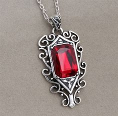 Isabelle Lightwood Shadowhunters pendent City of Bones