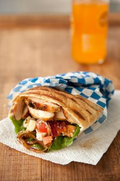 Paula Deen Grilled Chicken Pitas