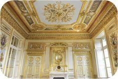 (4) the restauration of the magnificent Hôtel de la Marine, Place de la Concorde, Paris main salon, finalized (2010) restauration (co)sponsored by Bouygues source: Bouygues