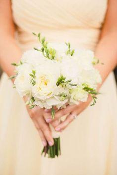white posy bouquet + lemon bridesmaids dress #wedding #flowers