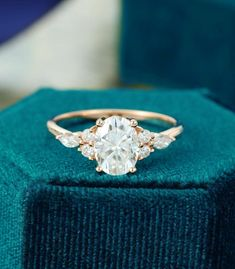 Dream Engagement Rings, Rose Gold Engagement Ring, Engagement Ring Settings, Vintage Gold Engagement Rings, Moissanite Engagement Rings, Wedding Ring Gold, Engagement Gifts, Unusual Engagement Rings, Traditional Engagement Rings