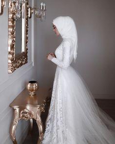 Hijabi Wedding, Muslimah Wedding Dress, Luxury Wedding Dress, Pakistani Wedding Dresses, Pakistani Bridal Wear, Dream Wedding Dresses, Bridal Dresses, Indian Bridal, Bridal Hijab