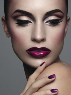 Purple lips - Glossy #makeup
