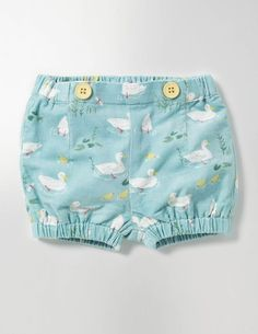 How cute are these baby bloomers! Pretty Bloomers #affiliate (I will receive a small commission if you click this link)