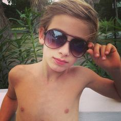 Johnny Orlando just chillin' in the hot tub