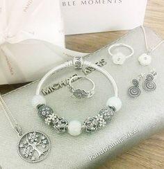 #silverluxury !#pandorabracelet for a total #silver look! # #pandora #white…