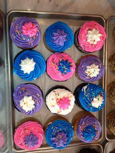 bleu, blanc, rose et violet