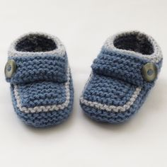 Hand Knitted Baby Shoes-Booties £4.50