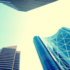 Awesome photo of downtown Calgary skyscrapers Beautiful Places In The World, Most Beautiful, Skyscrapers, Alberta Canada, Art And Architecture, Calgary, Perspective, The Neighbourhood, Buildings