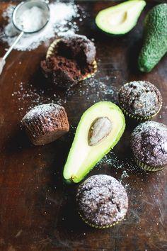 Wegańskie muffiny z awokado